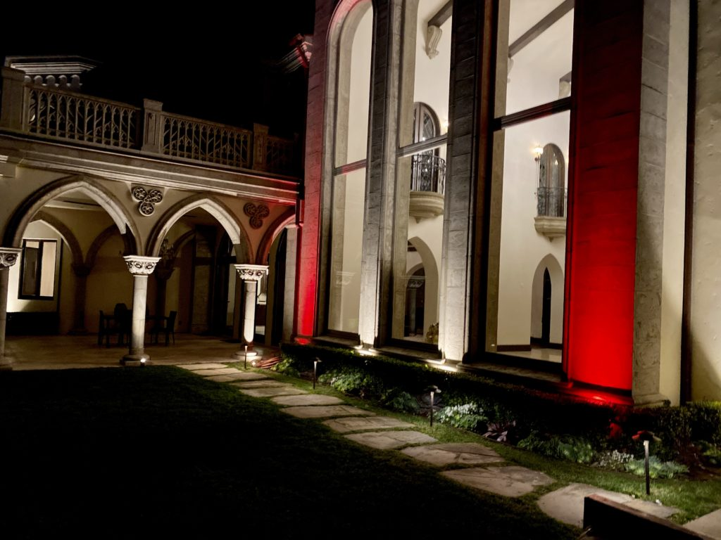 House Illumination , House uplighting